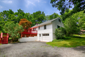 54 Hull Road Bernardsville Feel @Home Realty 17