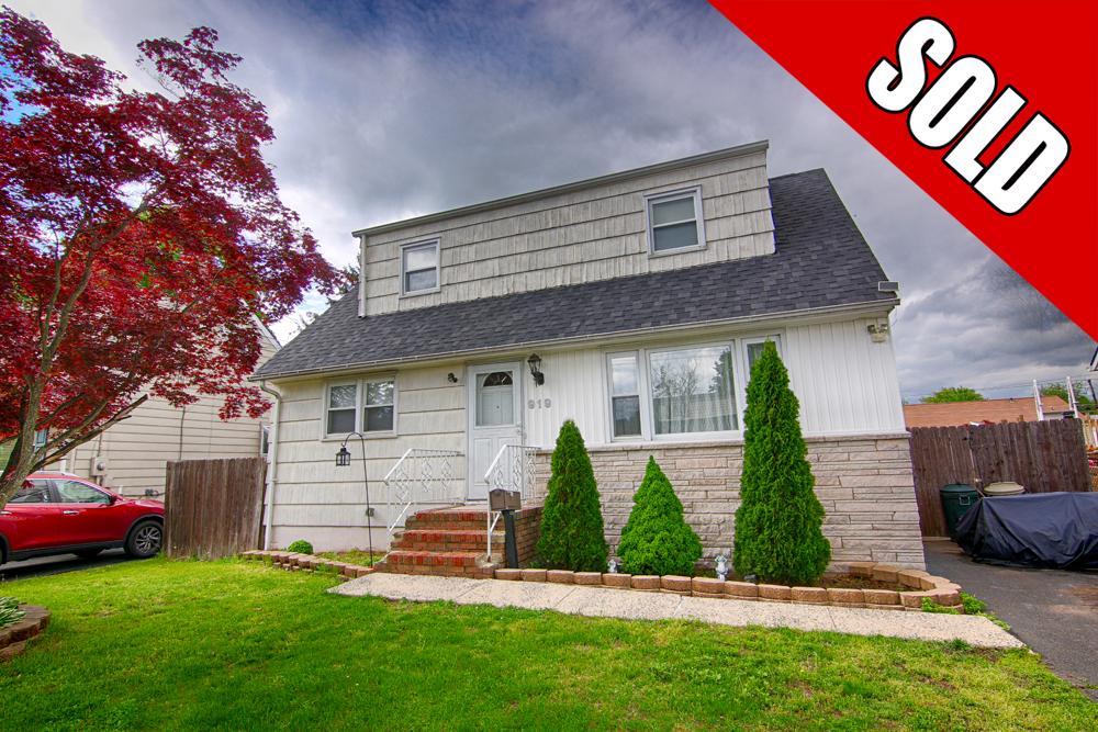 919 Boesel Ave Manville NJ sold