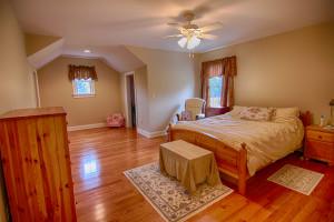 909 Route 523 Readington Twp NJ Feel @Home Realty (40)