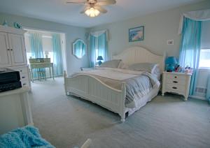 15 FINE BEDROOM